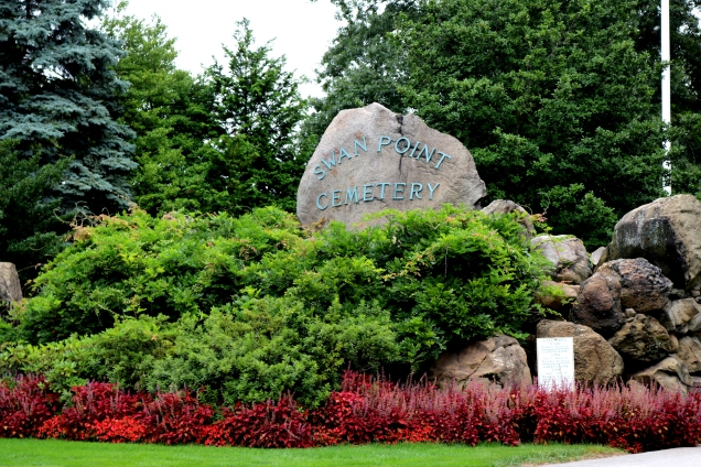 Swan Point Cemetery