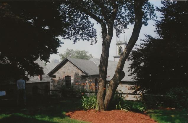 022-Poe's House w cemetery (1)